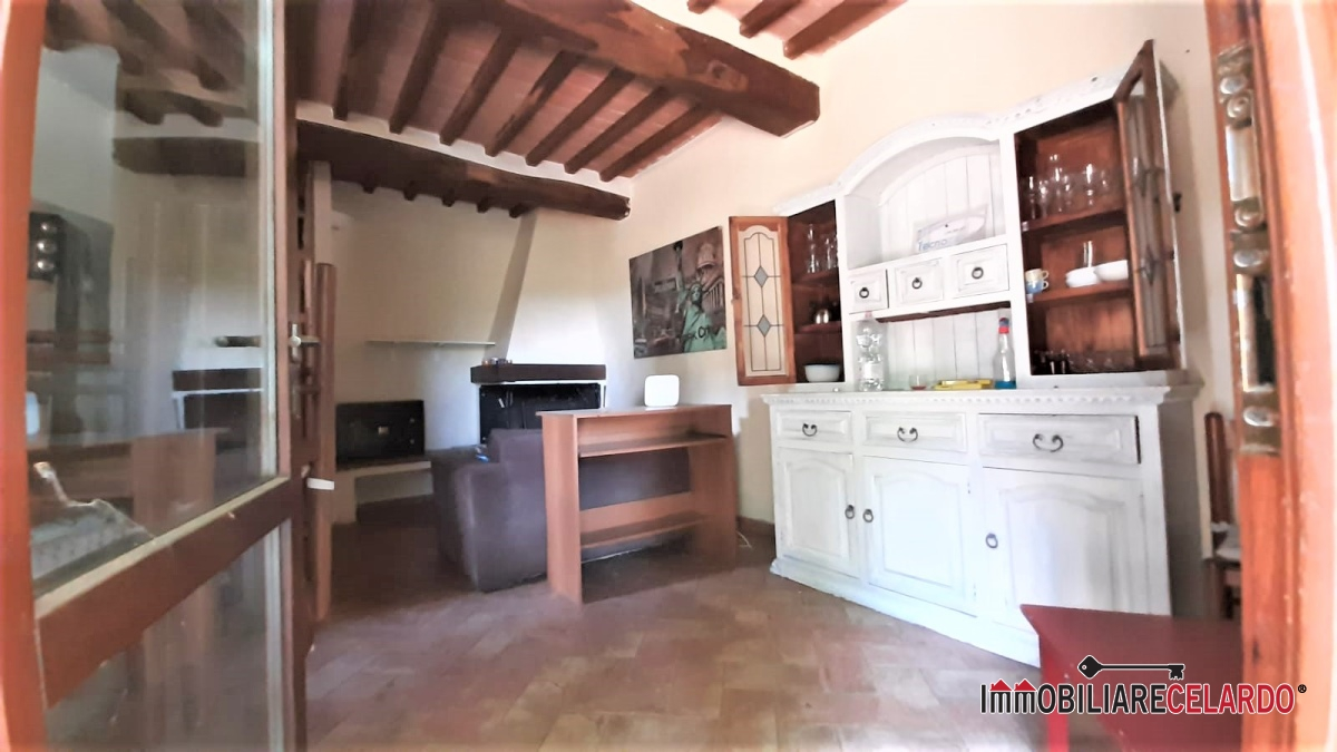 Appartamento in vendita a Radicondoli, 3 locali, prezzo € 125.000 | CambioCasa.it