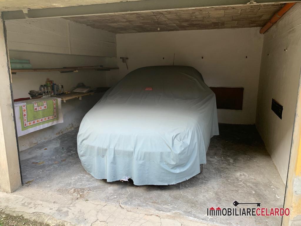 Box / Garage in vendita a Poggibonsi, 1 locali, prezzo € 20.000 | CambioCasa.it