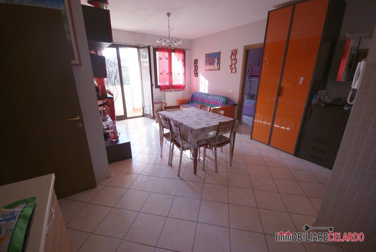 Appartamento in vendita a Colle di Val d'Elsa, 3 locali, prezzo € 138.000   PortaleAgenzieImmobiliari.it