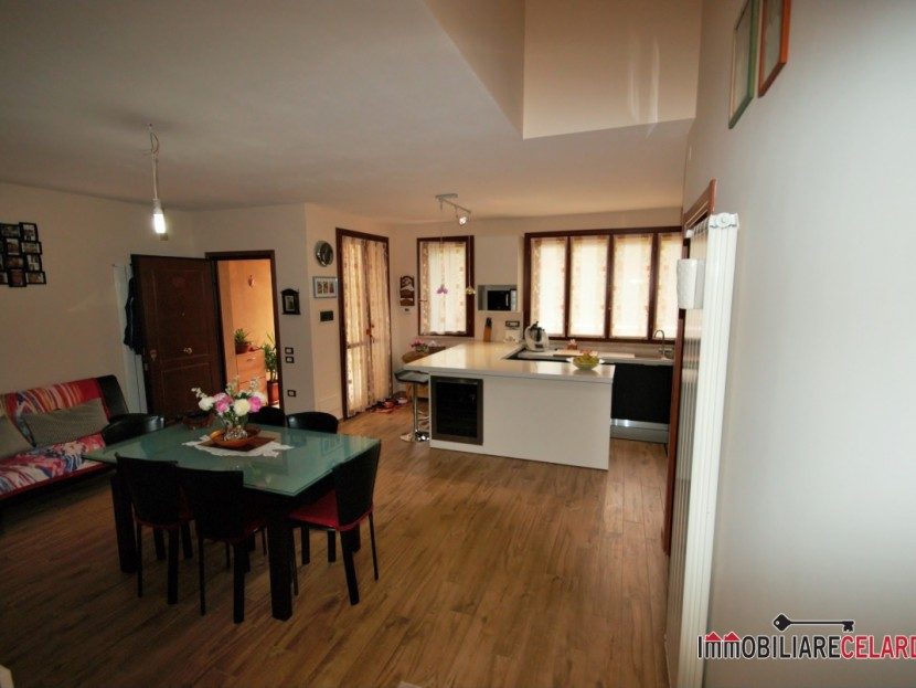 For Sale villas Casole d'Elsa - Terraced house free on three sides Locality