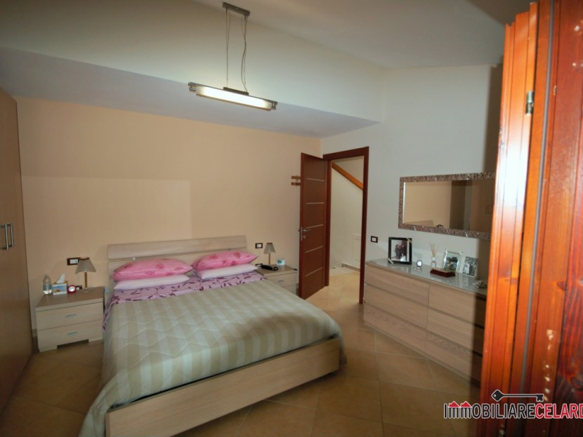 Sale villas Casole d'Elsa - Terraced house free on three sides Locality