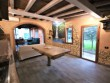 Villa with pool and outbuilding - 18
